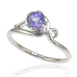 Art Nouveau style Lavender Sapphire Ring in 18ct Gold