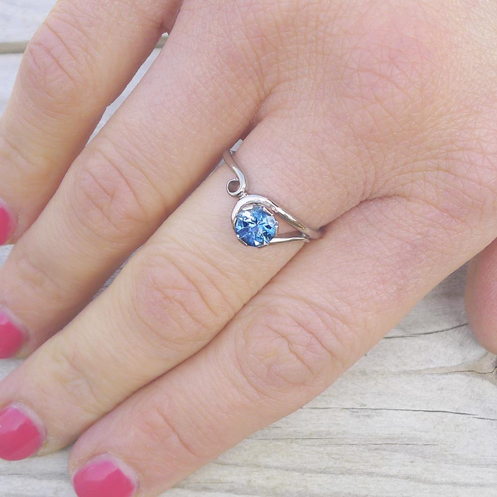 Aquamarine Ring in Art Nouveau Style | Lilia Nash