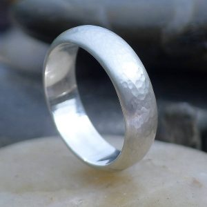 6mm hammered silver band