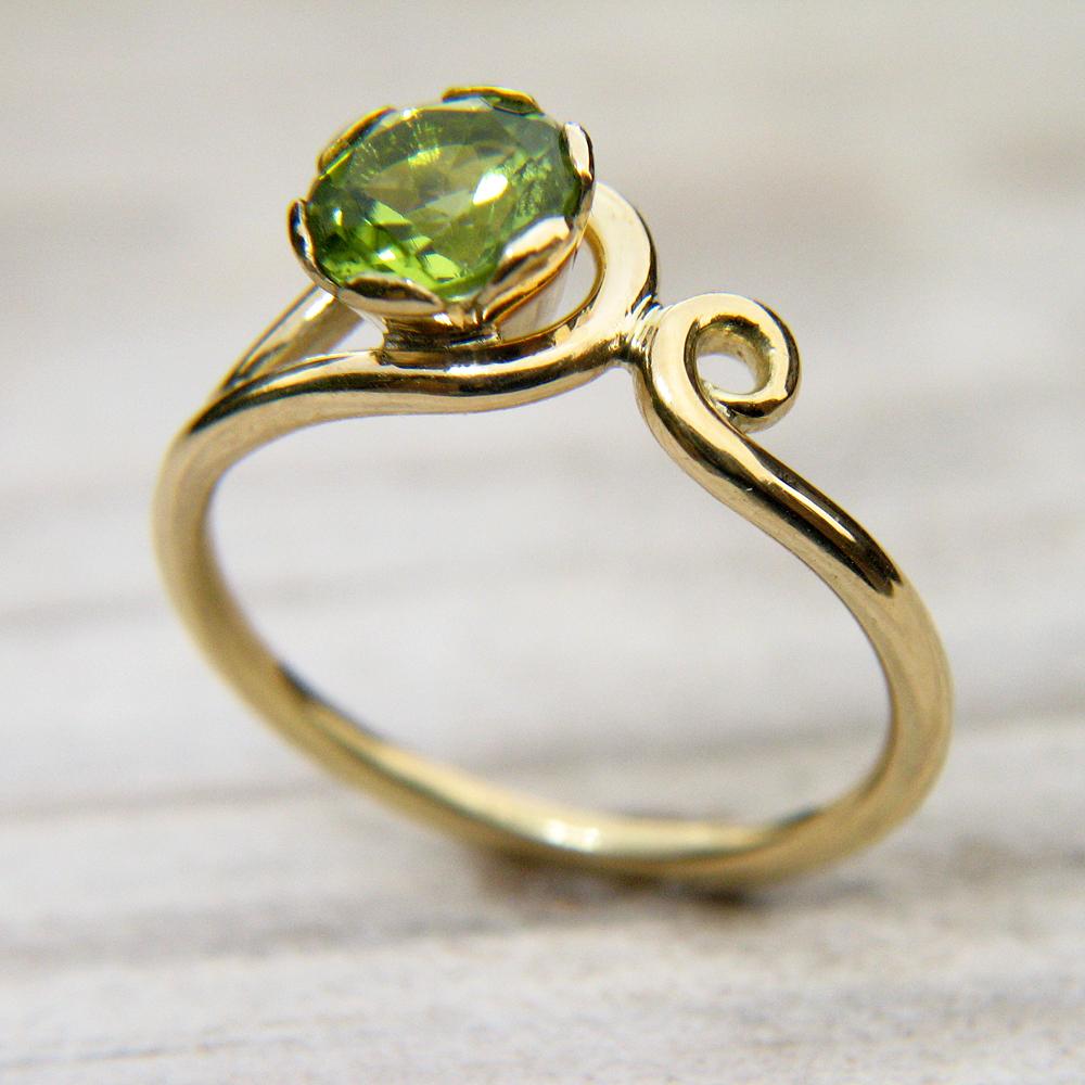 Peridot Ring in Art Nouveau Style - Size K