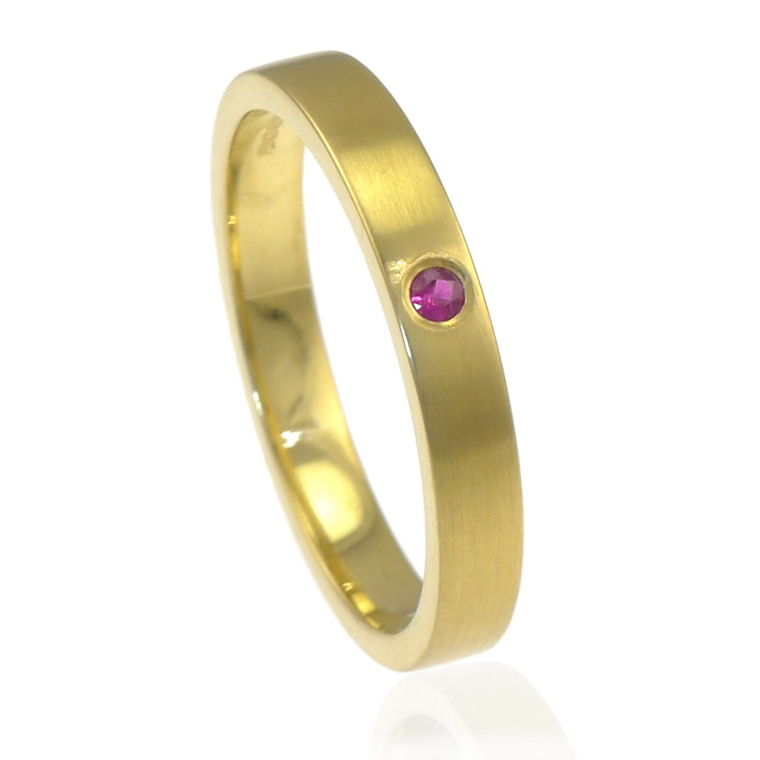 Ruby Wedding Ring in 18ct Gold