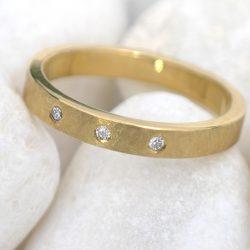 Urban Diamond Wedding Ring