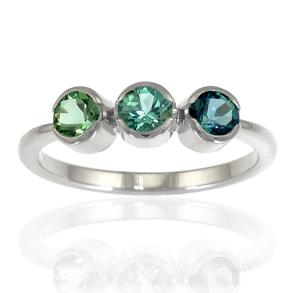 Tourmaline Trilogy Ring in 18ct Gold - size M