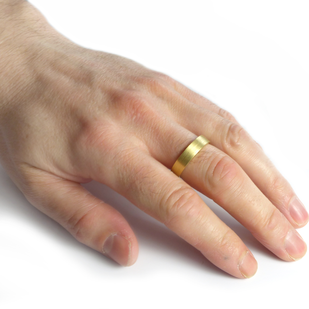 Wedding Ring Hand For Man In India: Lilia Nash Ethical Wedding Rings