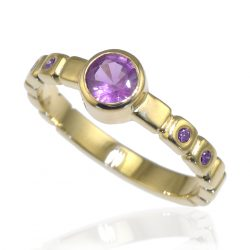 Purple Sapphire Ring in 18ct Gold