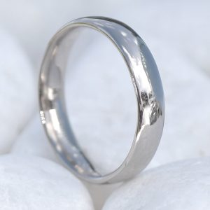 4mm Comfort-fit Wedding Ring in 18ct White Gold