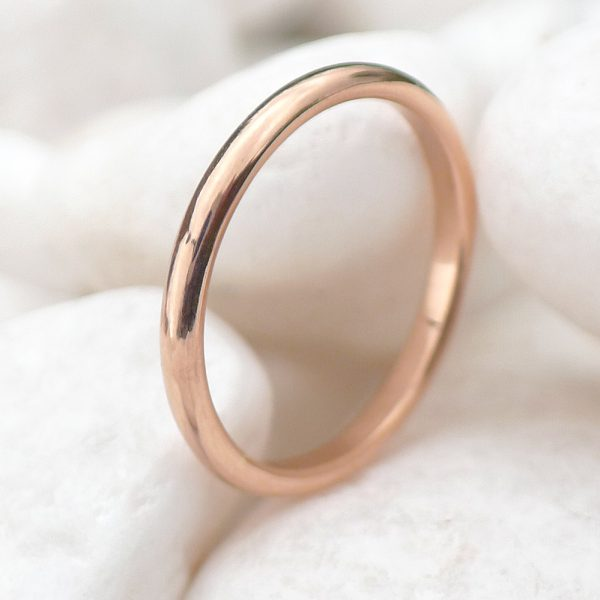 2mm wedding ring in 18ct rose gold