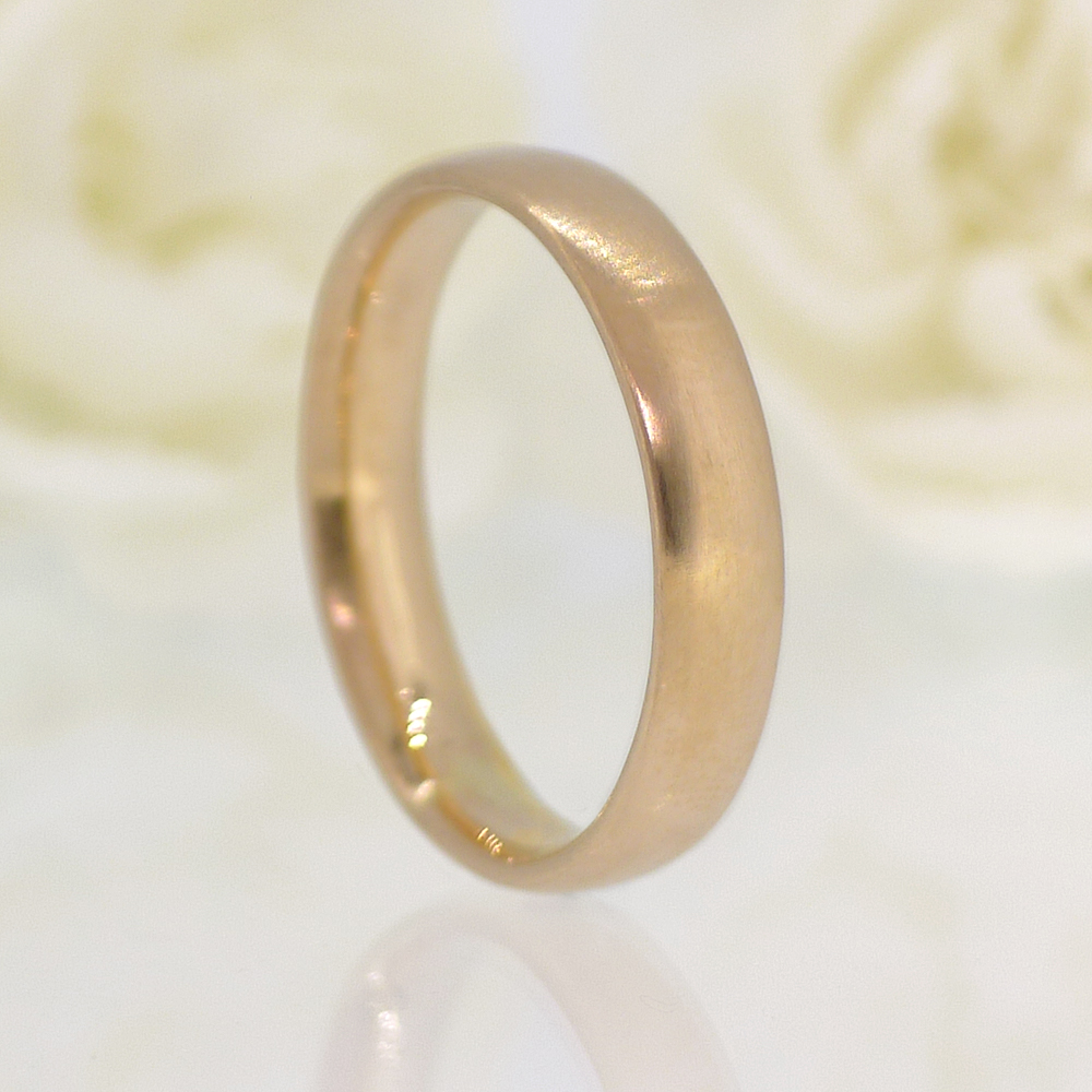 Comfort Fit Wedding Ring, Spun-silk Finish, in 18ct Rose Gold
