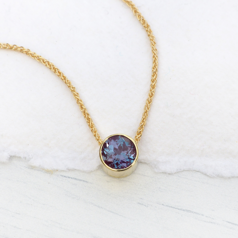 Alexandrite necklace gold