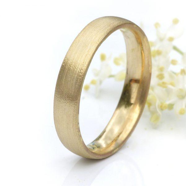 4mm comfort fit ring with spun silk finish