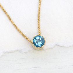 blue topaz necklacein 18ct gold