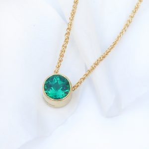 emerald necklace 18ct gold