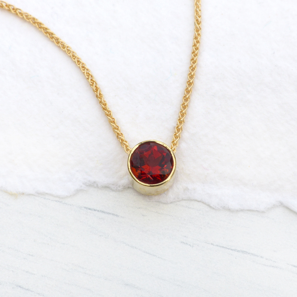 18ct Gold Garnet Pendant Amp Chain Lilia Nash Signature