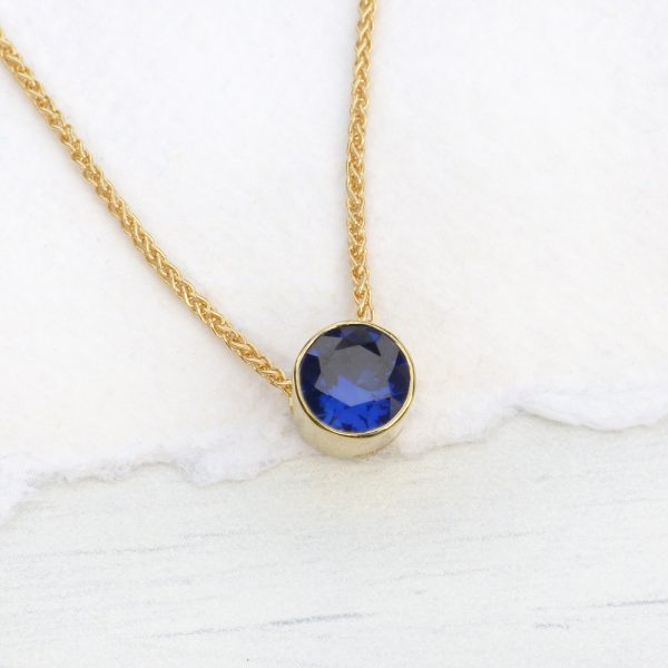 sapphire necklace in 18ct gold