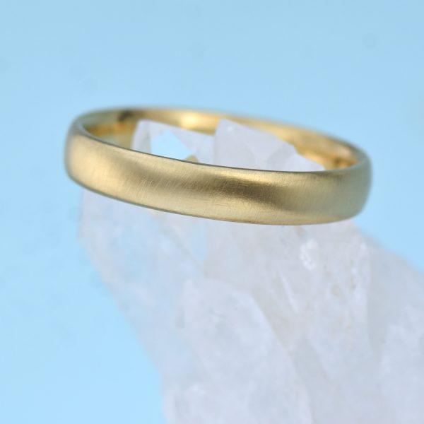 18ct Gold Comfort Fit Wedding Ring - Matte Finish
