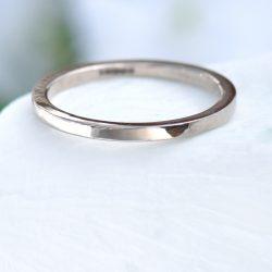 slim flat wedding ring
