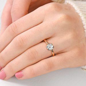 Moissanite ring in rose gold