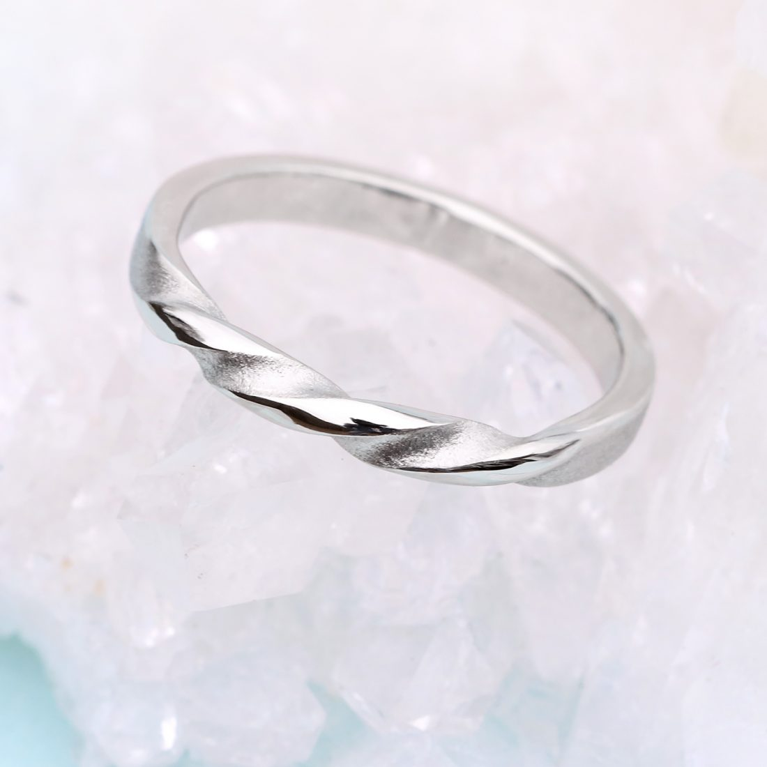 triple twist wedding ring