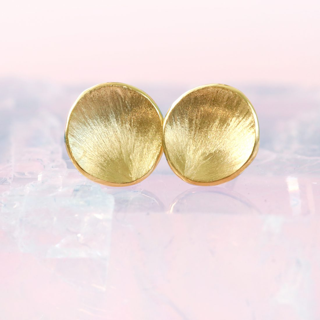18ct gold petals stud earrings