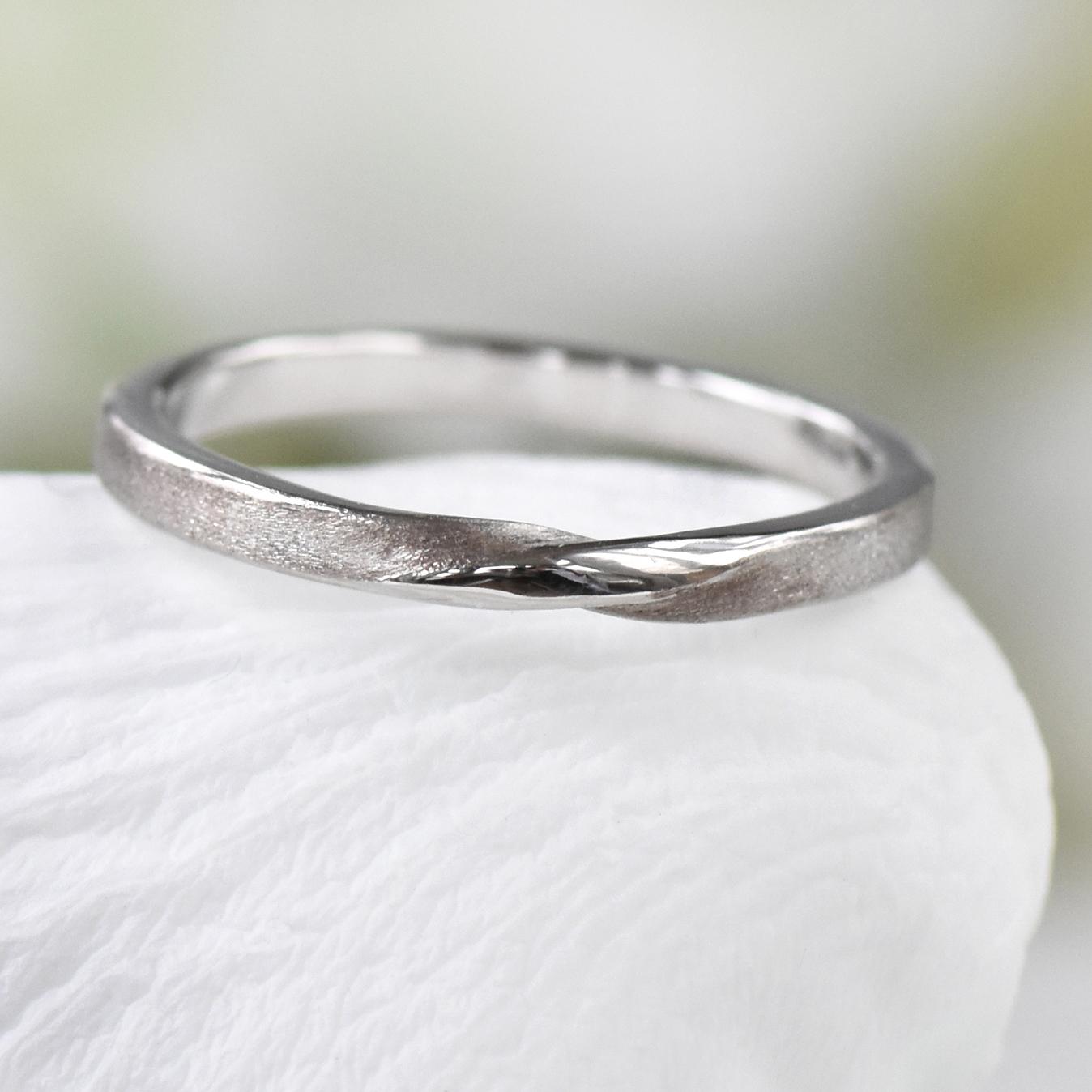 2mm Ribbon Twist Wedding Ring Ethical Wedding Bands Lilia Nash
