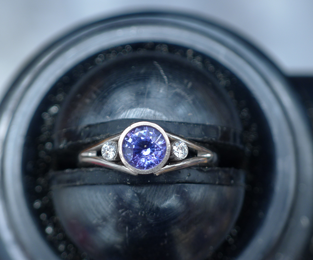 Lilia Nash Bespoke Sapphire Enagement Ring Making