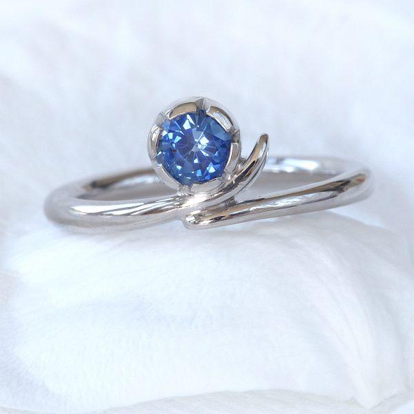 Blue Sapphire Vine Ring
