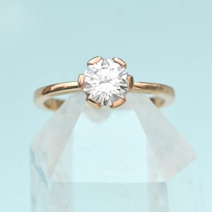 18ct rose gold moissanite ring