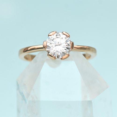 18ct rose gold moissanite ring