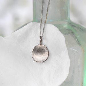 petal pendant 18ct white gold