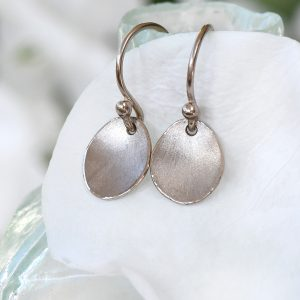 petal earrings in white gold