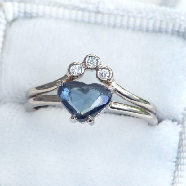 sapphire heart and diamond ring set