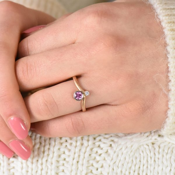 rose gold pink sapphire diamond sweetheart ring