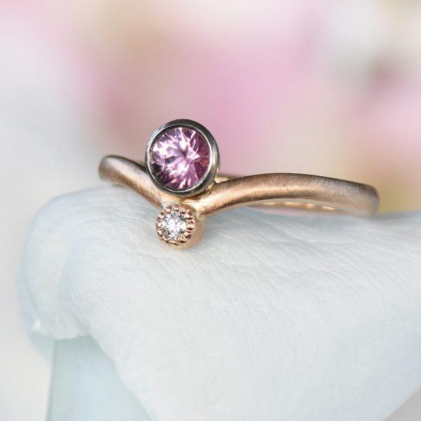 rose gold pink sapphire diamond sweetheart ring