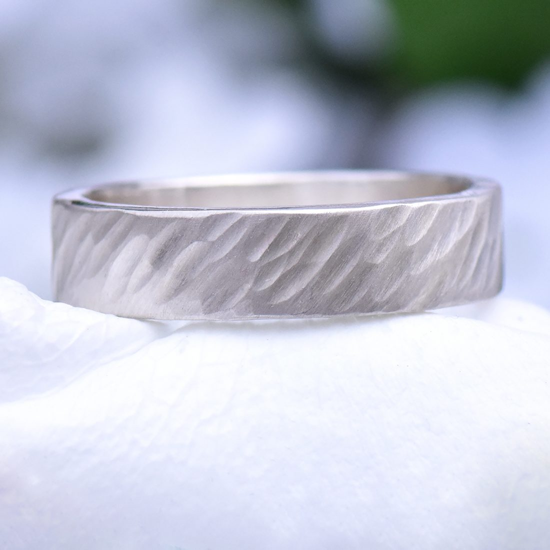 hammered silver ring, windswept design