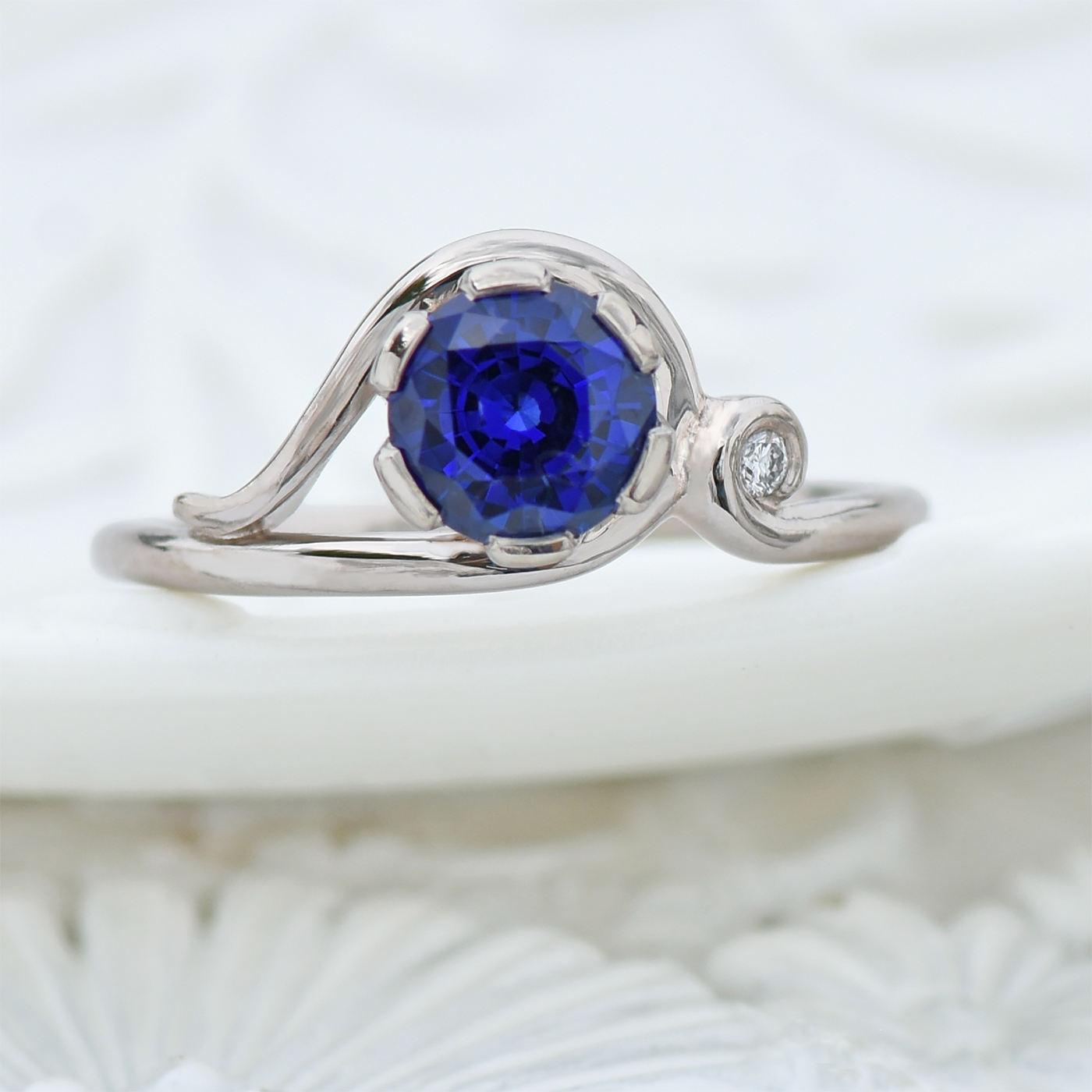 ornate sapphire and diamond ring