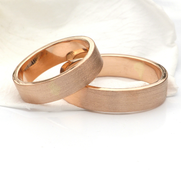 rose gold wedding band set