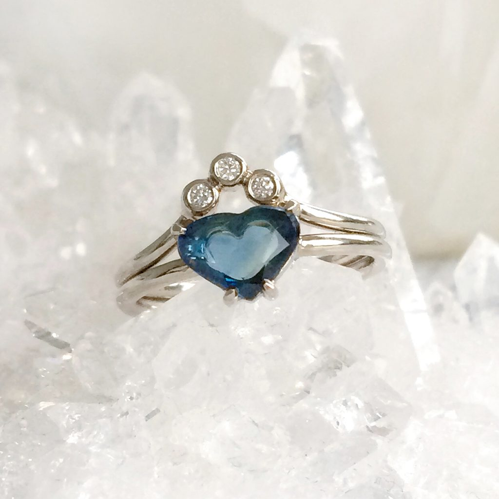 sapphire heart bridal ring set