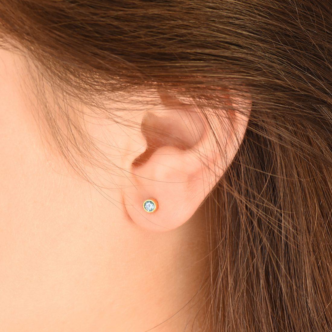 aquamarine stud earrings 18ct gold