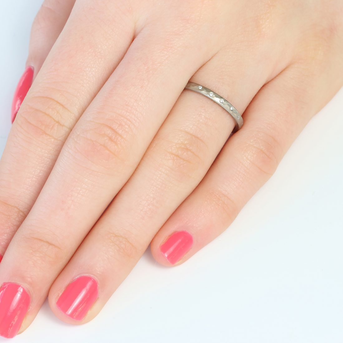 slim hammered diamond wedding ring