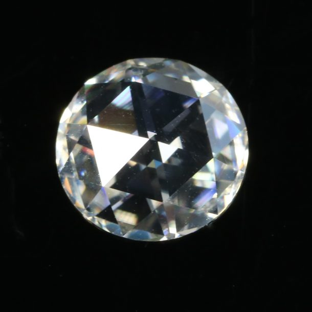 rose cut moissanite