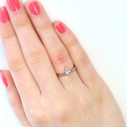 pear shape white sapphire ring