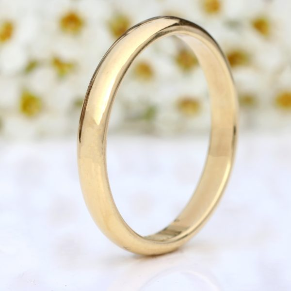 3mm half round wedding ring, 18ct gold
