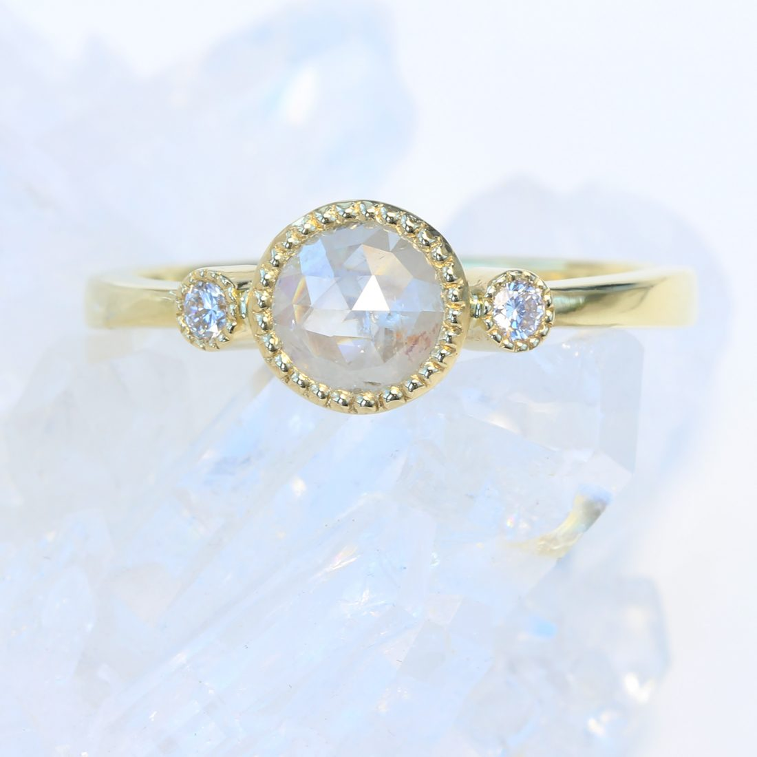 icy diamond trilogy ring 18ct gold